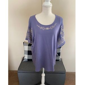 NWT Catherine's Batwing Sleeve Top
